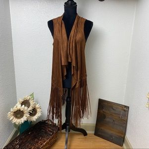NWT Brown Flowy Fringe Vest - Small